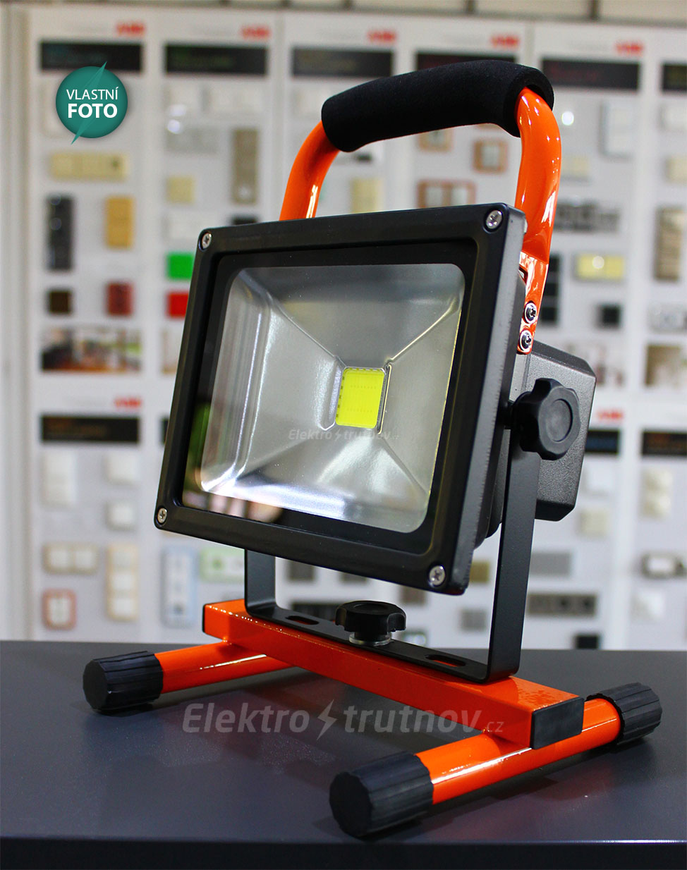 SOLIGHT-WM-20W-D-LED-elektro-trutnov.cz